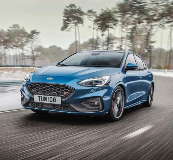 фото Ford Focus ST 2019 – 2020