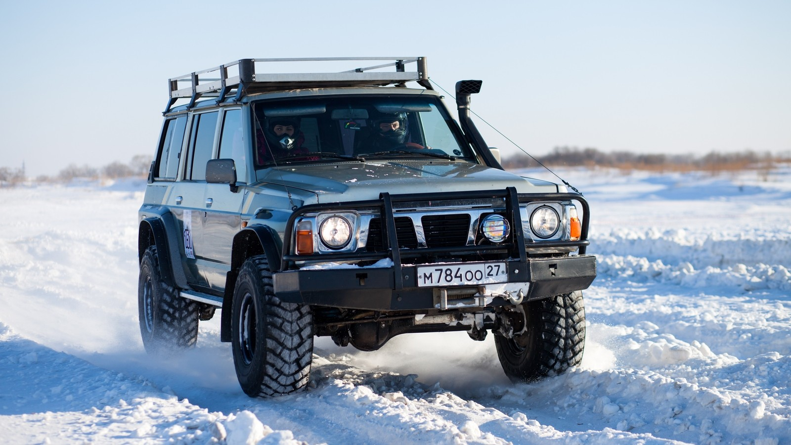 KHABAROVSK, RUSSIA — JANUARY 31, 2015: Nissan Patrol during off